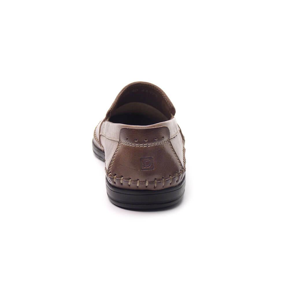 4936051cd Sapato Mocassim Masculino em Couro JCL 700 - DiPollini