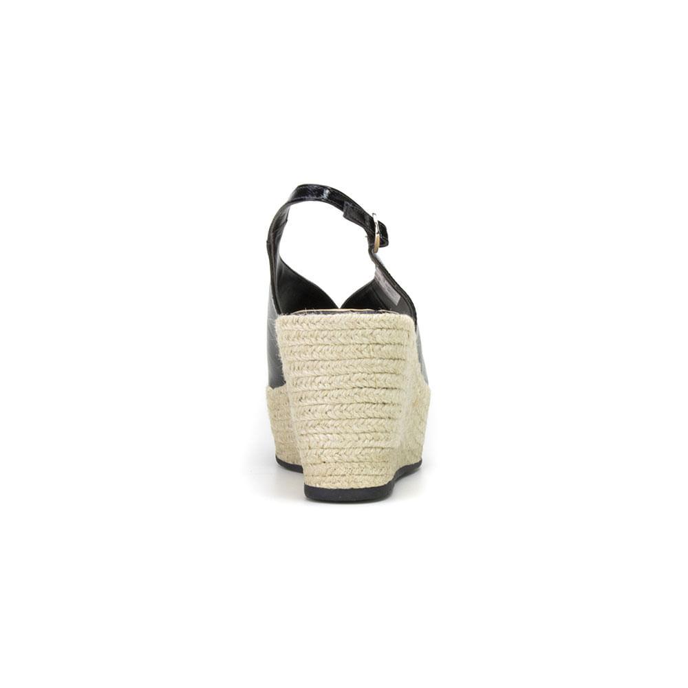 sandalia-flat-form-feminina-dipollini-donna-em-verniz-vn-126053-preto-03